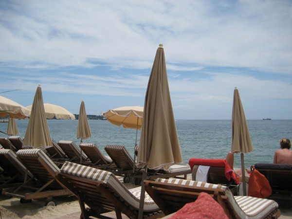 dettagli di prenotazione spiaggia. Black Bedroom Furniture Sets. Home Design Ideas